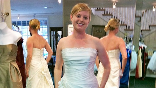 ht kjerstin gruys wedding dress ll 120814 wg Женщина целый год не смотрелась в зеркало, чтобы поднять свою самооценку