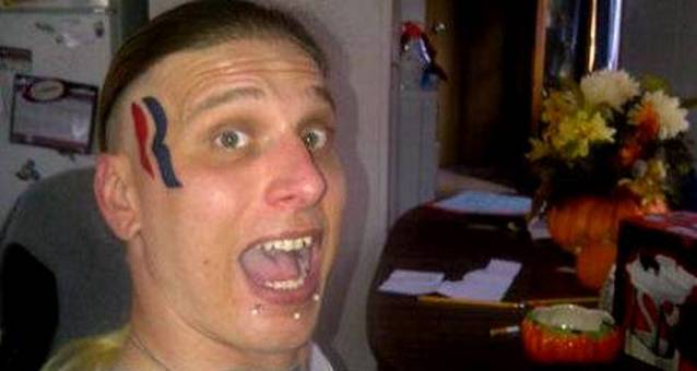 Американец сделал на лице татуировку в честь Митта Ромни и получил за это $15 000