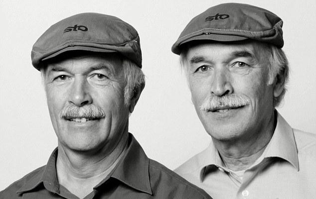 article 0 17259827000005DC 223 634x826 Канадский фотограф снимает портреты незнакомцев, похожих на близнецов