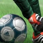football 150x150 Мужчина получает пощечину каждый раз, когда заходит на Facebook