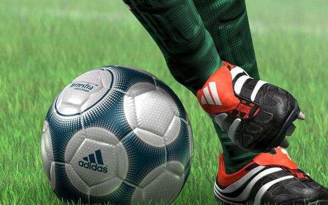 Телеоператор из Омана показал футболистам, как нужно играть в футбол