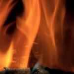 fire 3 150x150 Двое телеведущих мужчин испытали агонию деторождения
