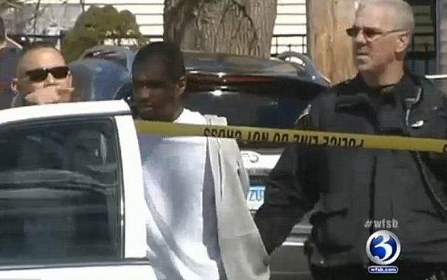 Американским полицейским пришлось изображать собачий лай, чтобы поймать преступников