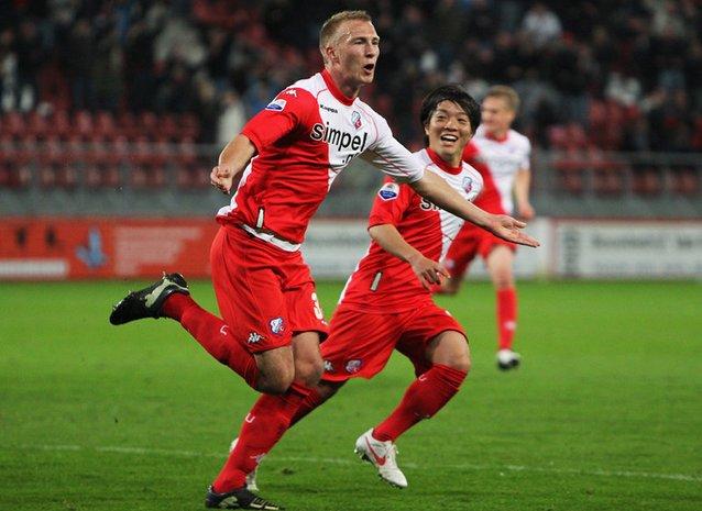 mike van der hoorn Голландский футболист забил автогол года