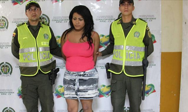 image content high 39492102 20130506143722 Сбежавший преступник загримировался грудными имплантами