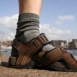 socks sandals gq 24aug10 rex b 150x150 Мэр Лондона исполнил удивительный баскетбольный трюк