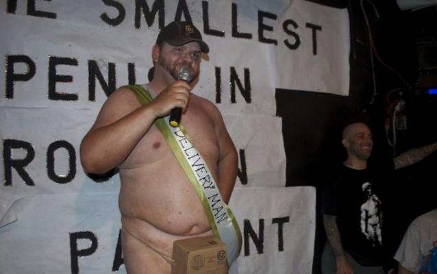 В Бруклине выбрали обладателя самого маленького пениса «на районе»